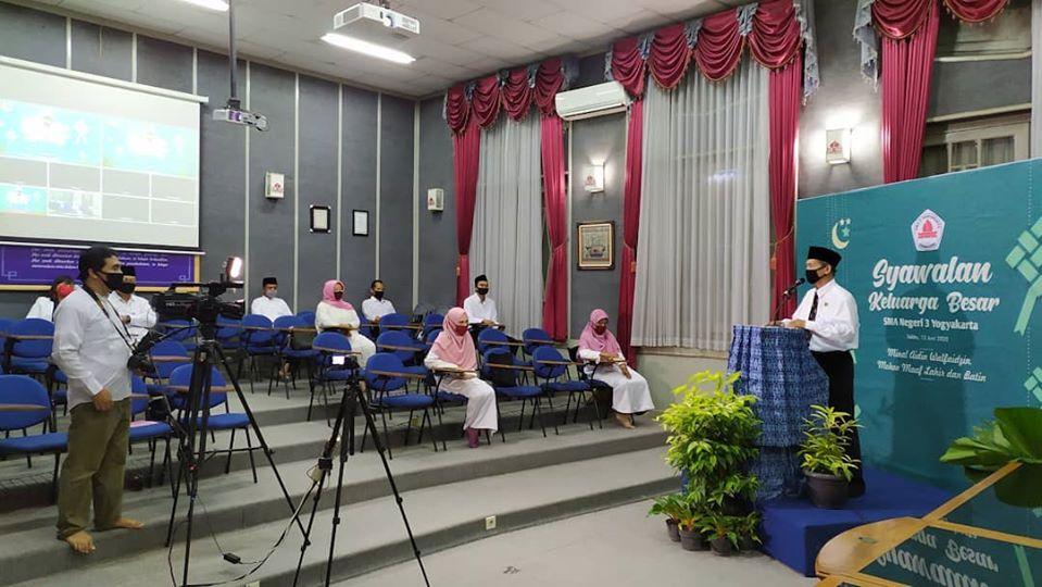 Syawalan Online Keluarga Besar SMA Negeri 3 Yogyakarta di Masa Pandemi